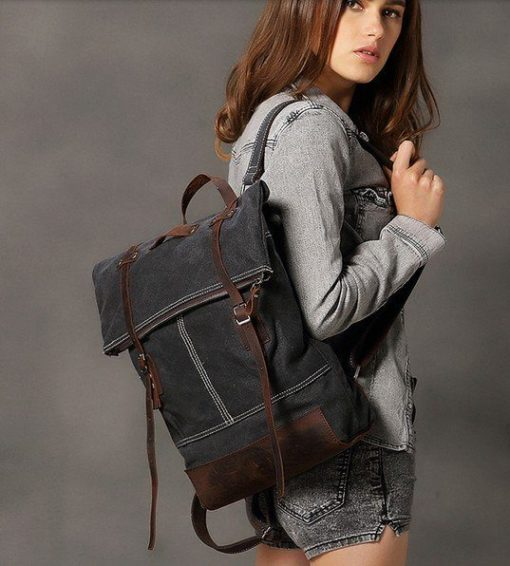 Luxury Camera Bags A women wearing BACKPACK bag Harlow by Camera Chick